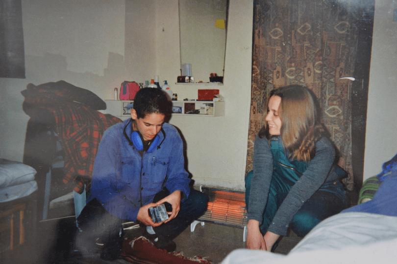 חמש תמונות וסיפור - נגה שנער-שויער
